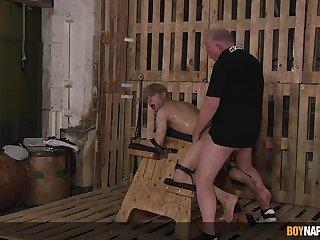 Daniel Hausser lends his body to Master Sebastian Kane's pleasure