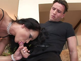 Mature feels two vitalized cocks ramming her in brutal scenes