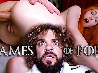 Poor Lady Sansa (Elin Flame) has to let her mad midget husband Tyrion Fuckister fuck her ass and pussy - #GameOfPorn Ep.4 from Jean-Marie Corda