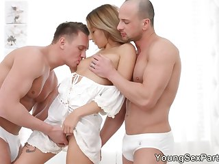 Slim babe Anna Thorne enjoys her first double penetration coupled with takes cumshots on face