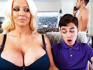 Shove around stepmom interested to kinship schoolboy's dick