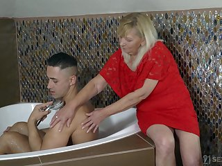 Mom Irene helps duo handsome young gay blade and gets her pussy fucked