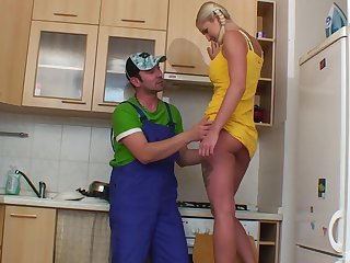 Repair guy got lucky and banged irresistible fair-haired Monica