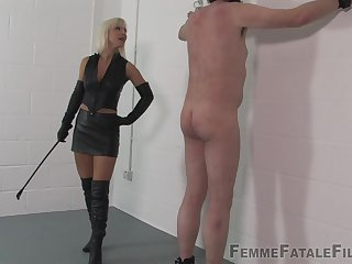 Medial Popsy Archfiend wants to punish her lover with BDSM sex game